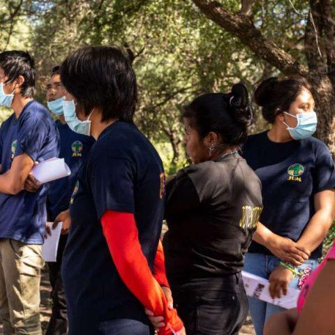 Taller de Elaboracion de Bioinsumo en la comunidad de Pitoos, Campo la China (28)