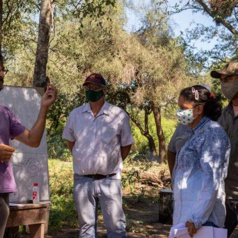 Taller de Elaboracion de Bioinsumo en la comunidad de Pitoos, Campo la China (35)