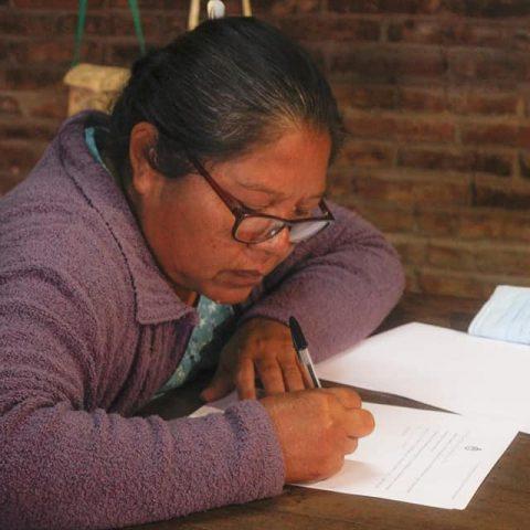 firma-del-convenio-del-proyecto-presentado-y-aprobado-en-el-marco-del-PISEAR (4)